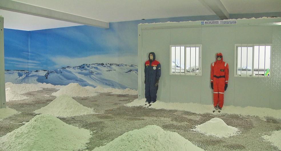 Simulação da estação Antártica na Vila Cidadã, em Brasília (Foto: TV Globo/Reprodução)