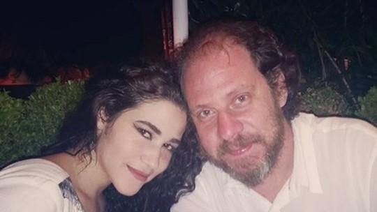 Yasmin Gomlevsky revela que o irmão, Bruce, a ajudou na carreira de atriz: 'Eternamente grata'