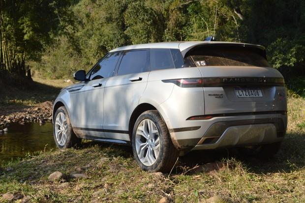 Range Rover R-Dynamic HSE P300 (Foto: André Schaun/Autoesporte)