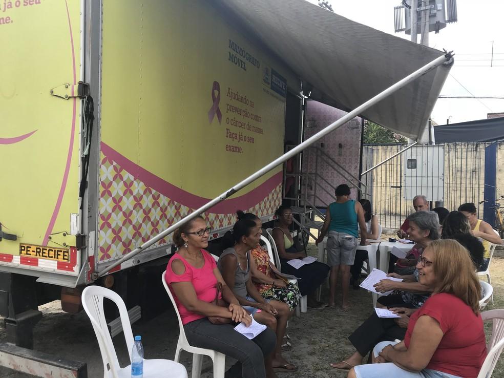 Mulheres podem fazer exame de mamografia no mamógrafo móvel do Recife no mutirão (Foto: Secretaria de Saúde do Recife/Divulgação)
