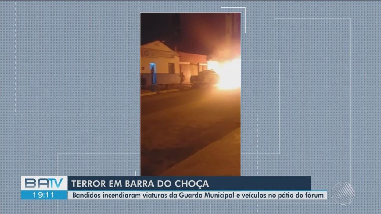 Polícia investiga incêndio de viaturas da Guarda Municipal em Barra do Choça