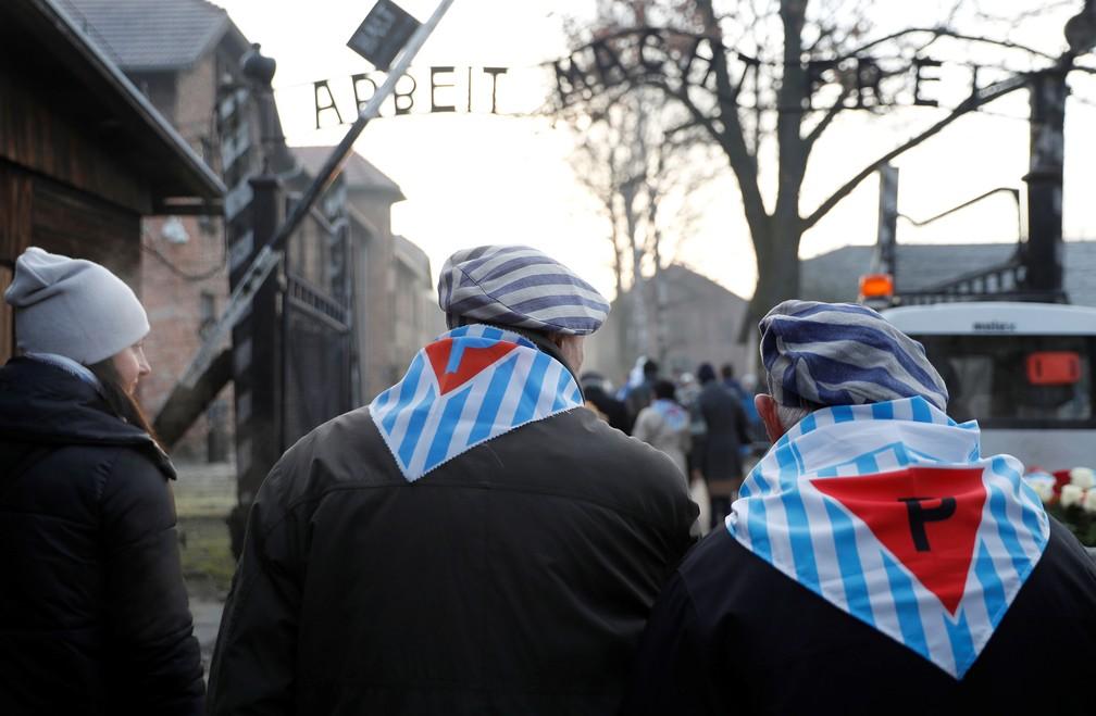 Sobreviventes voltam a Auschwitz, na Polônia, nesta segunda-feira (27), para cerimônia que marca 75 anos da liberação do campo de concentração  — Foto: Aleksandra Szmigiel/ Reuters