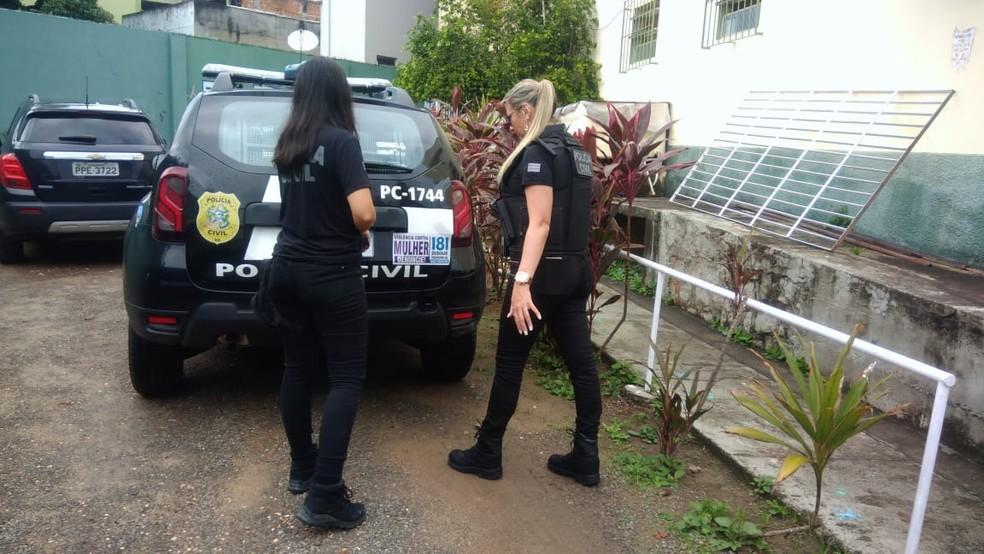 Uma pessoa presa no ES era acusada de feminicídio — Foto: Divulgação/Polícia Civil ES