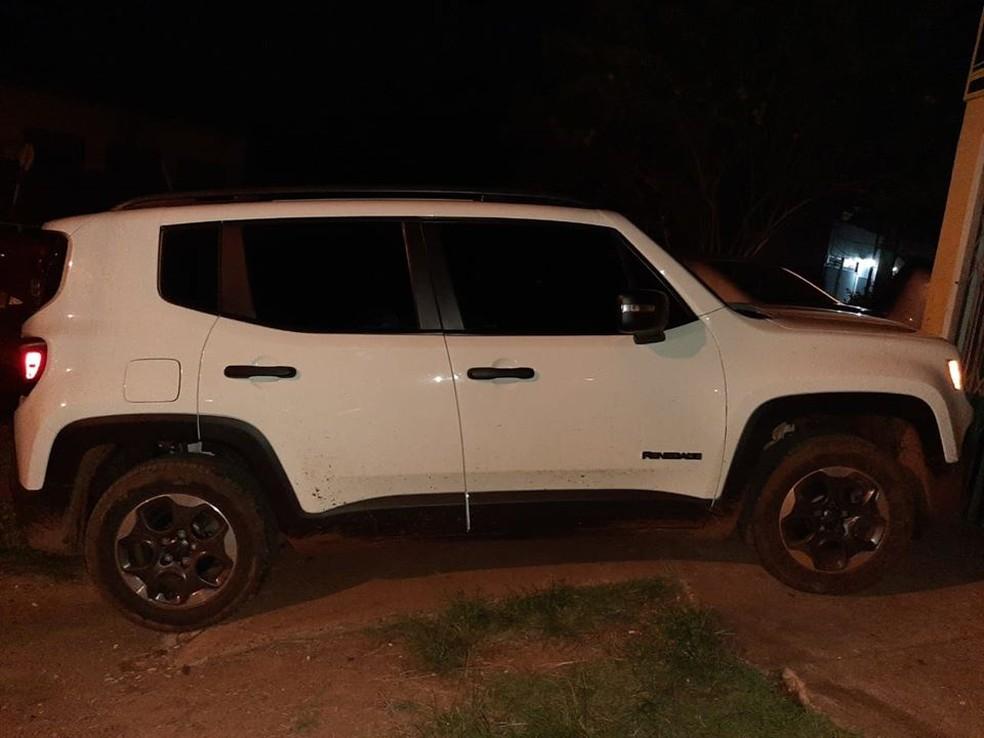 Veículo que pode ter sido usado na execução do jornalista brasileiro Léo Veras no Paraguai — Foto: Divulgação/Polícia Nacional do Paraguai