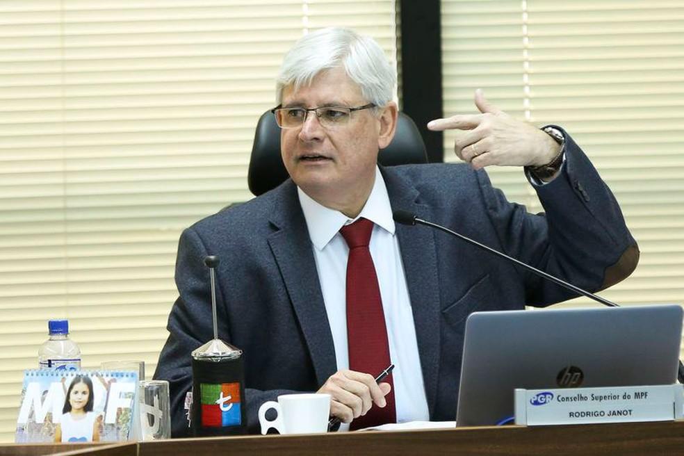 O procurador-geral Rodrigo Janot durante reunião do Conselho Superior do Ministério Público na última terça-feira (25) (Foto: Marcelo Camargo / Agência Brasil)