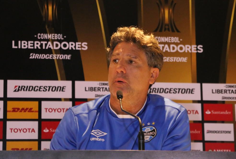Renato negou favoritismo do Grêmio (Foto: Eduardo Moura)