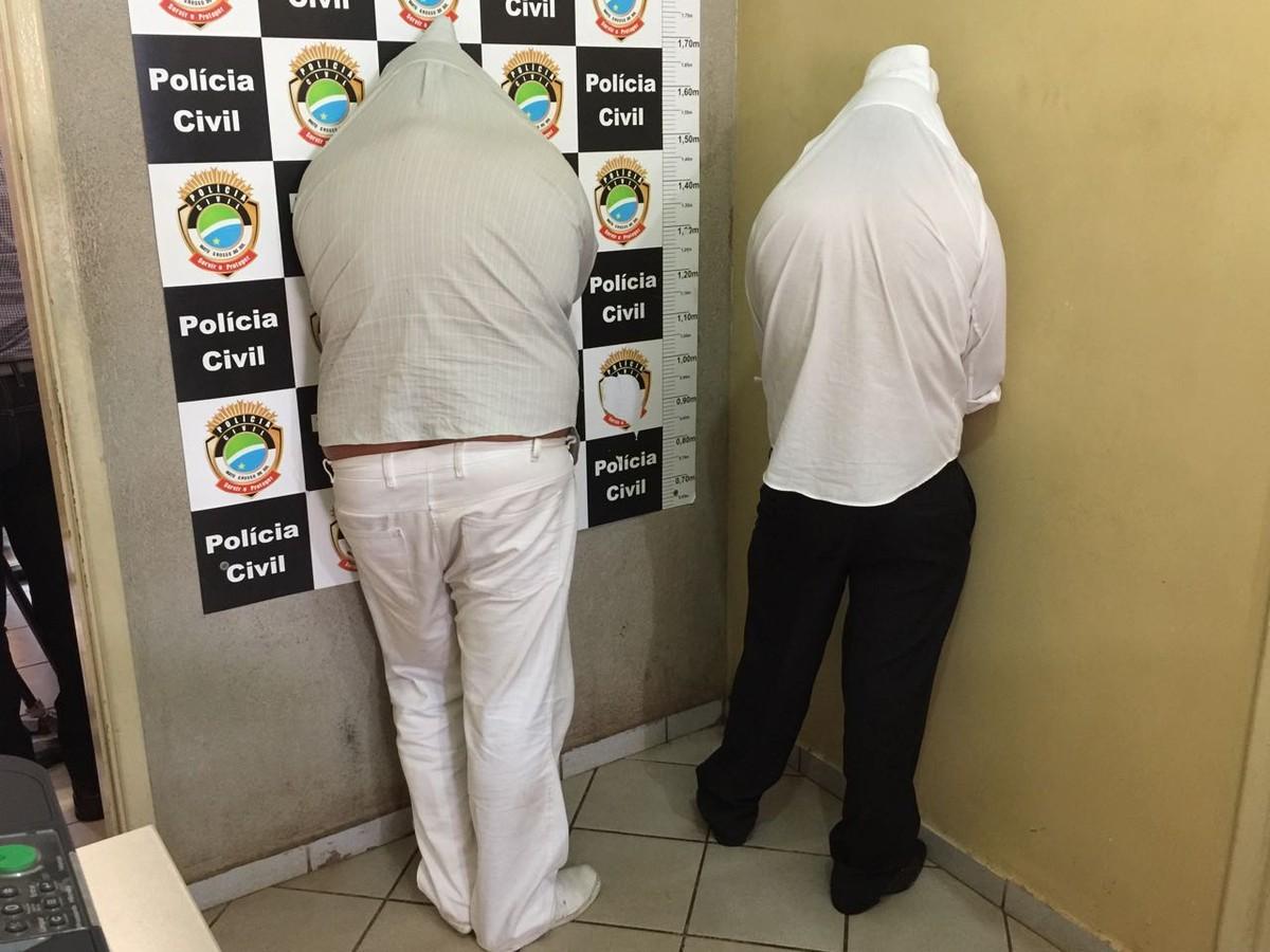 Detido, agente funerário ainda liga para falso médico e pede para descartar provas em MS