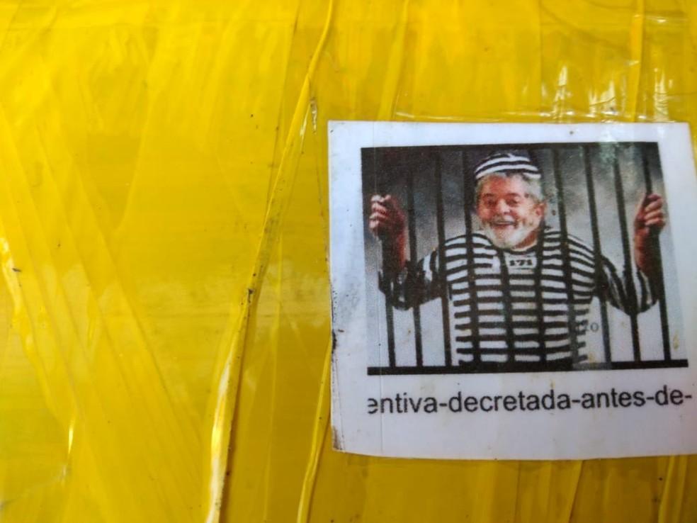 Drogas estavam embaladas com fotos do ex-presidente Lula — Foto: Arquivo Pessoal