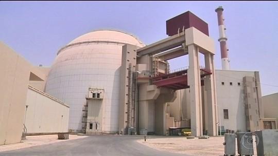 Irã diz que ultrapassou limite de estoque de urânio enriquecido