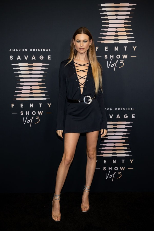 LOS ANGELES, CALIFORNIA - SEPTEMBER 22: In this image released on September 22, Behati Prinsloo attends Rihanna's Savage X Fenty Show Vol. 3 presented by Amazon Prime Video at The Westin Bonaventure Hotel & Suites in Los Angeles, California; and broadcast (Foto: Getty Images for Rihanna's Savag)