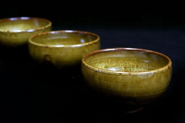 Ceramista Hideko Honma indica 5 peças que não podem faltar em qualquer casa (Foto: Greg Salibian)