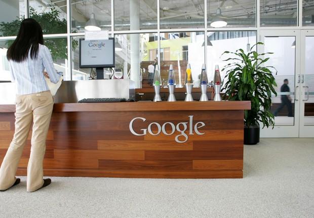 Funcionária do Google no Googleplex em Mountain View, Califórnia (Foto: Justin Sullivan/Getty Images)