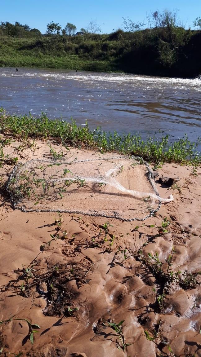 Três pessoas são autuadas pela Polícia Ambiental por pesca irregular, em Sandovalina
