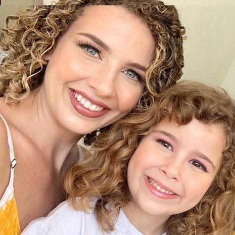 Debby e Maria Eduarda (Foto: Reprodução/Instagram)