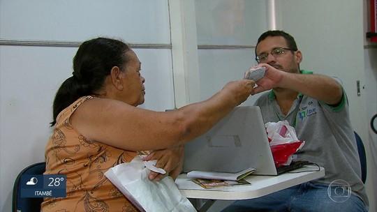Mutirão no Grande Recife facilita troca de lâmpadas para reduzir o valor da conta de energia