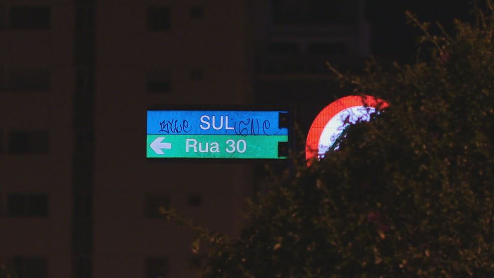 Rua 30 Sul, em Águas Claras, no Distrito Federal  — Foto: TV Globo/Reprodução
