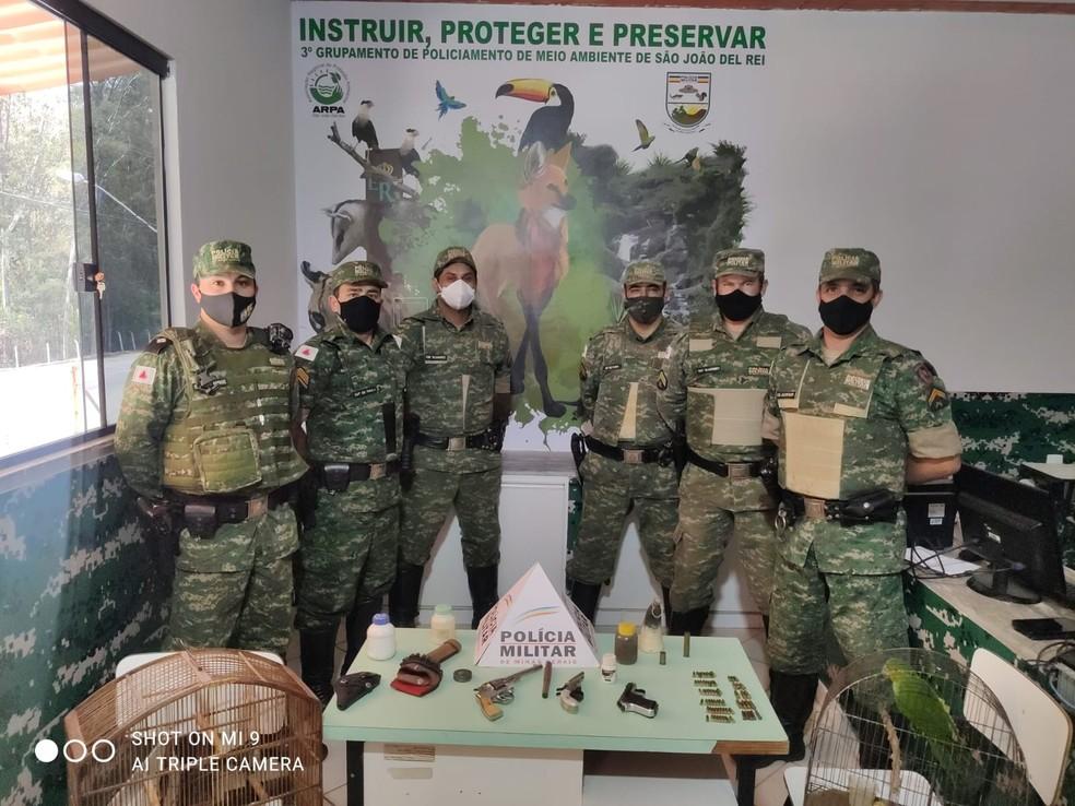 Ação foi coordenada pelo tenente Barros, da PM de Meio Ambiente — Foto: Polícia de Meio Ambiente/Divulgação