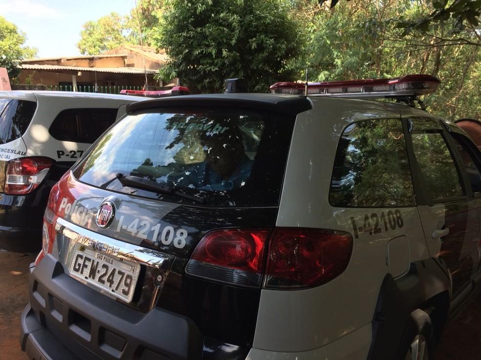 Vítima foi assassinada a golpes de picareta em Presidente Venceslau (Foto: Thadeu Arias)