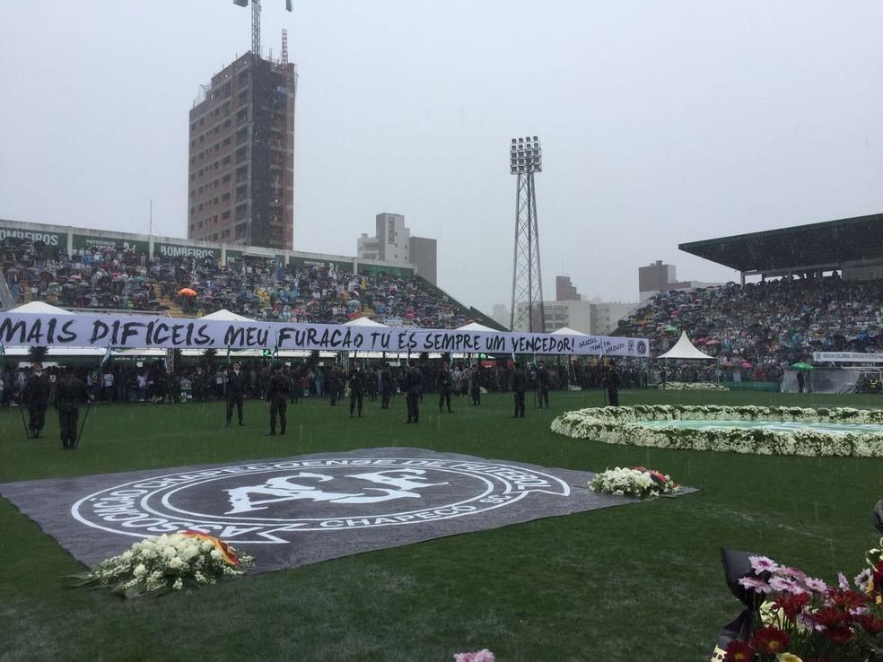 Arena Condá recebeu velório coletivo de 50 vítimas (Foto: Michelli Arenza/RPC)