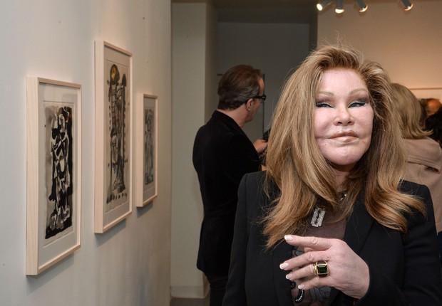 Socialite e ex-esposa do falecido comerciante de arte bilionário Alec Wildenstein, Jocelyn chegava a gastar US$ 1 milhão por mês em compras luxuosas e US$ 5 mil mensalmente em sua conta telefônica. (Foto: Getty Images)