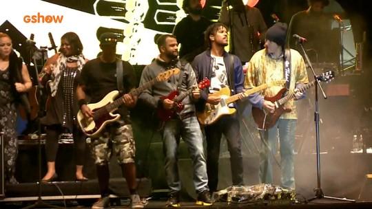 Reggae com cara de Brasil do Natiruts toma conta do FIB 2016