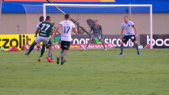 Reserva contra o Botafogo, Kayke comemora primeiro gol e espera boa sequência no Goiás