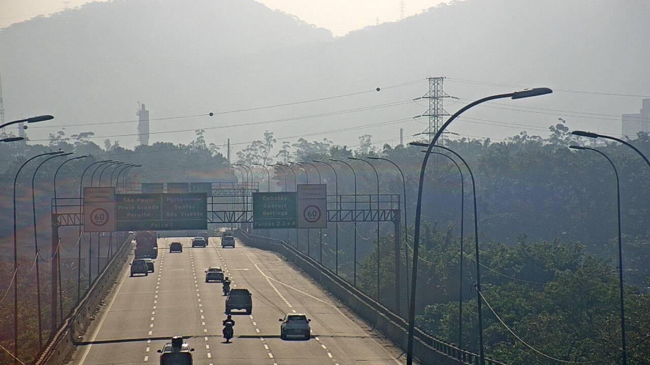 Obras congestionam a entrada de Santos na rodovia Anchieta