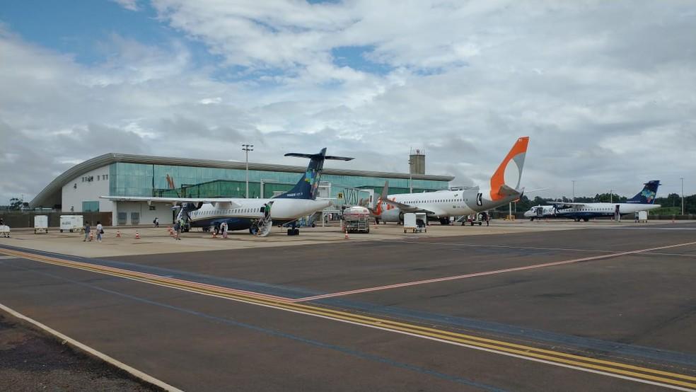 Voos para Curitiba foram retomados nesta segunda-feira (7), em Cascavel — Foto: Prefeitura de Cascavel/Divulgação