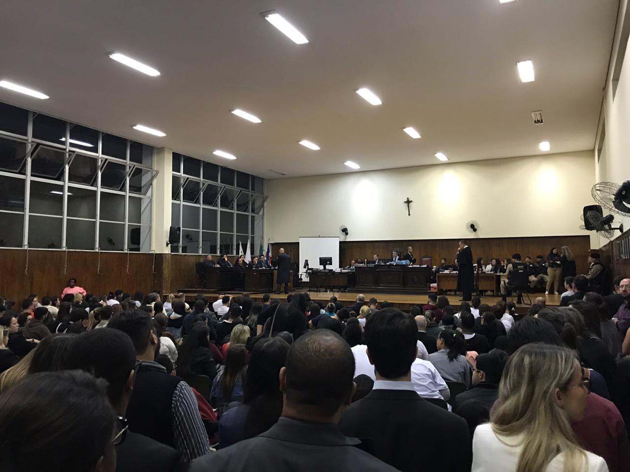 Caso Goldoni: réus são ouvidos e julgamento é suspenso após jurado passar mal em Juiz de Fora - Notícias - Plantão Diário