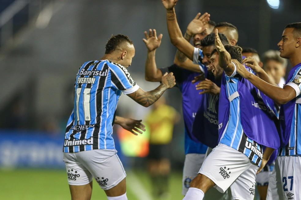 Everton é um dos jogadores que mais atuou em 2019 e deve ser poupado — Foto: Lucas Uebel / Grêmio FBPA