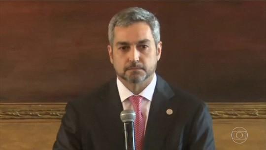 Após mensagens vazadas, oposição pede impeachment de presidente do Paraguai