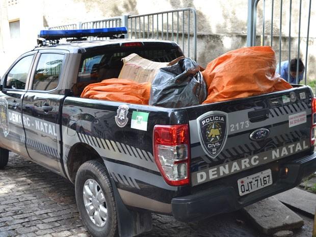 Carro da Denarc retornou do Itep sem realizar perícia de 500 quilos de maconha apreendidos (Foto: Divulgação/Sinpol/RN)