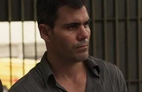 Na terça, 7, Magno (Juliano Cazarré) é preso, acusado da morte de Genilson (Paulo Gabriel) Reprodução/Instagram