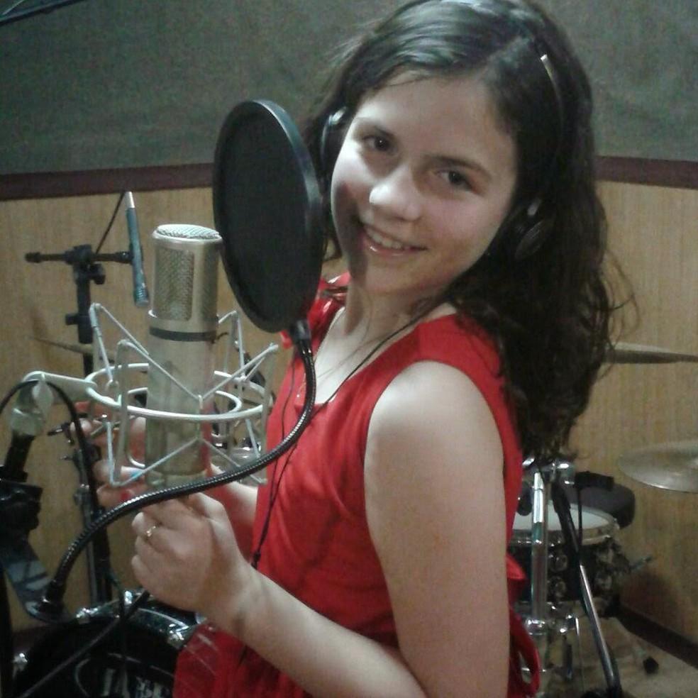Jovem de Botucatu começou a cantar aos 7 anos — Foto: Cristina Andreatti/Arquivo pessoal