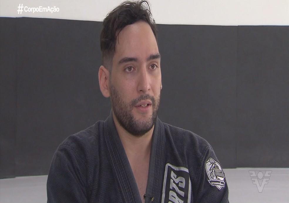 Vinicius foi campeão do Abu Dhabi Grand Slam de Jiu-jitsu adaptado — Foto: Reprodução / TV Tribuna