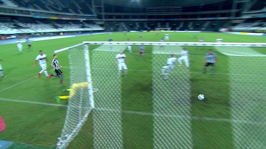 Análise: após primeiro tempo desastroso, Botafogo acorda e vence com gols trabalhados