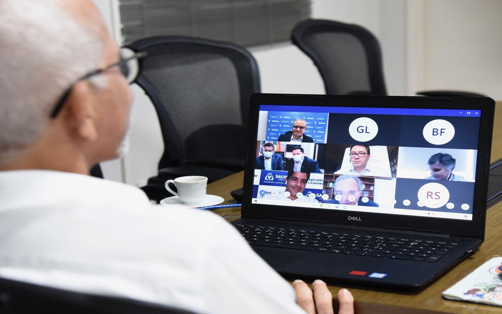 Prefeito de Aracaju participa de reunião com o ministro Paulo Guedes