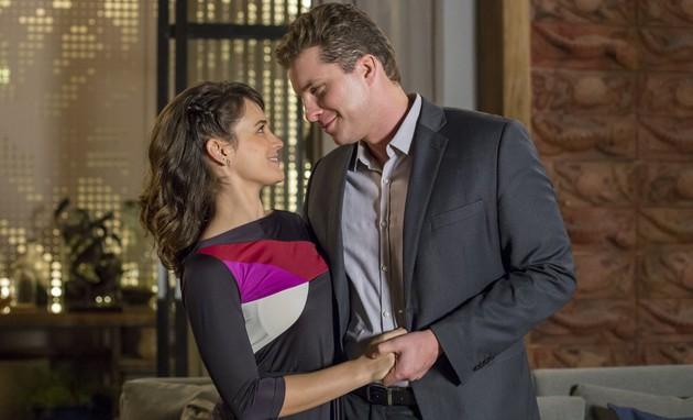 Roteiro indica final feliz para Clara e Patrick (Globo/Marília Cabral)