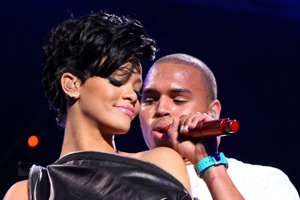 Rihanna e Chris Brown quando ainda namoravam (Foto: Getty Images)