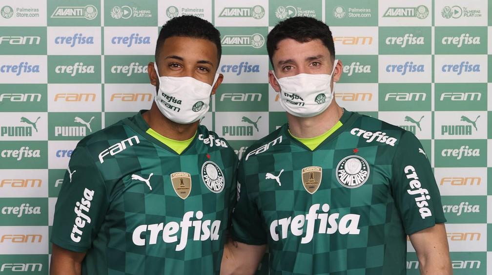 Palmeiras apresenta laterais Jorge e Piquerez — Foto: Agência Palmeiras
