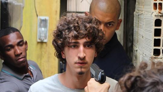 Final de 'A Regra do Jogo': Cesário é sequestrado pela facção