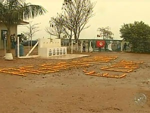 Entrada da fazenda da Cutrale no interior de São Paulo (Foto: Reprodução/TV Tem)