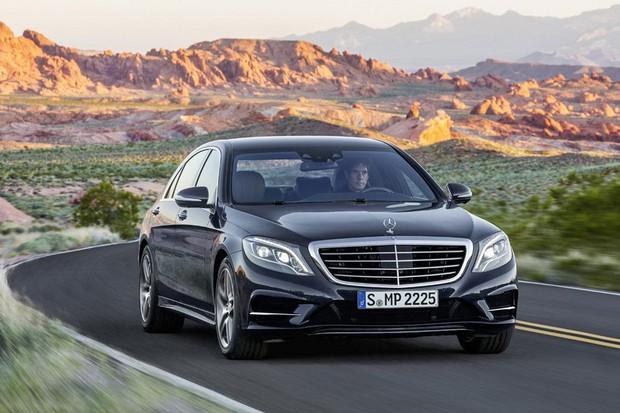 Primeiras imagens oficiais do novo Mercedes Classe S são reveladas antes da apresentação oficial do modelo (Foto: Divulgação)