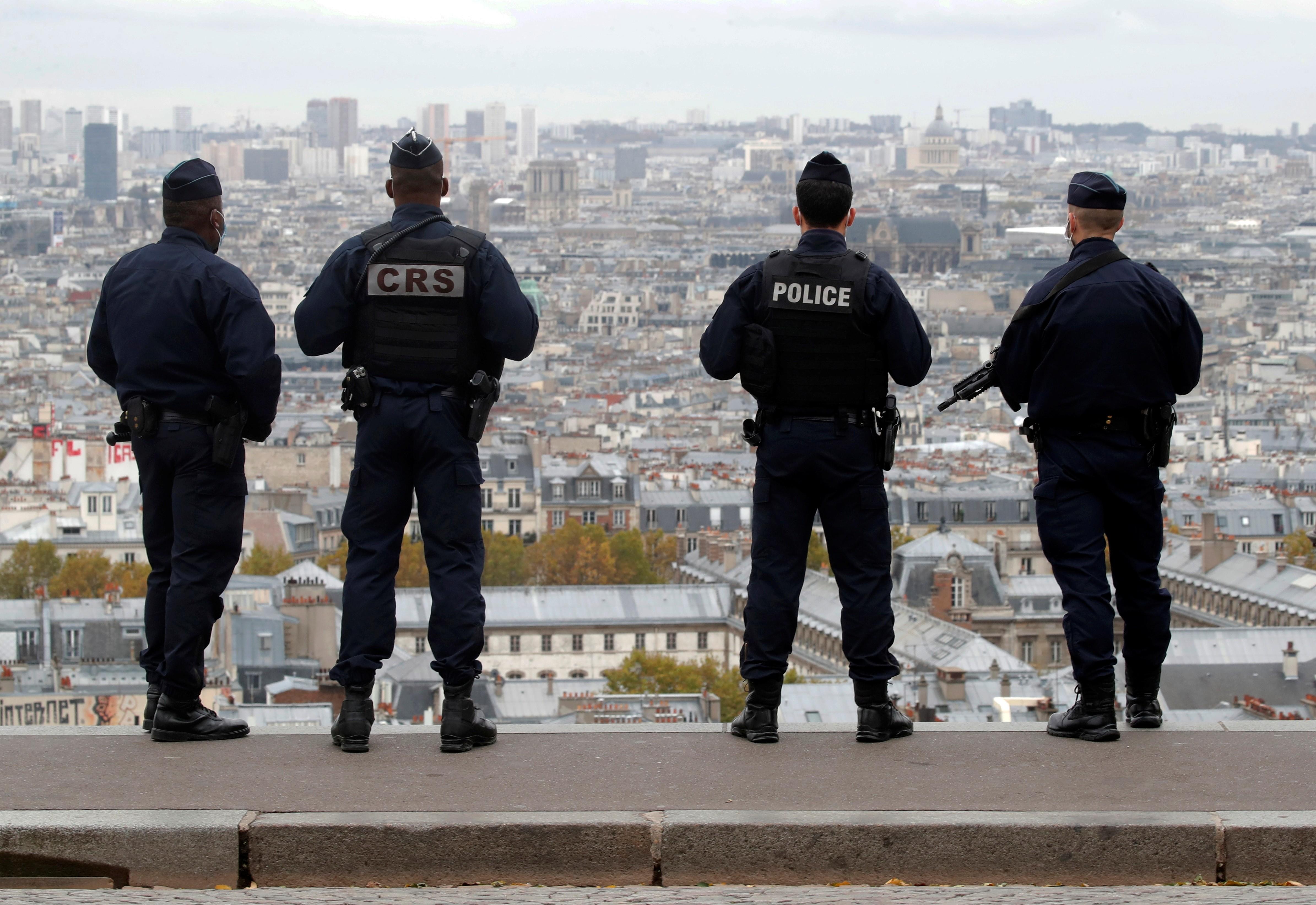 França anuncia reforço militar após atentado em Nice