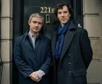 Freeman e Cumberbatch no set de 'Sherlock' | divulgação