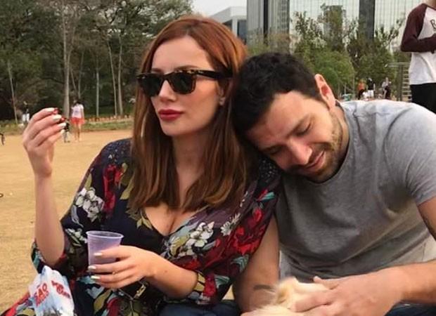 Maria Eugênia Suconic e o novo namorado (Foto: Reprodução)