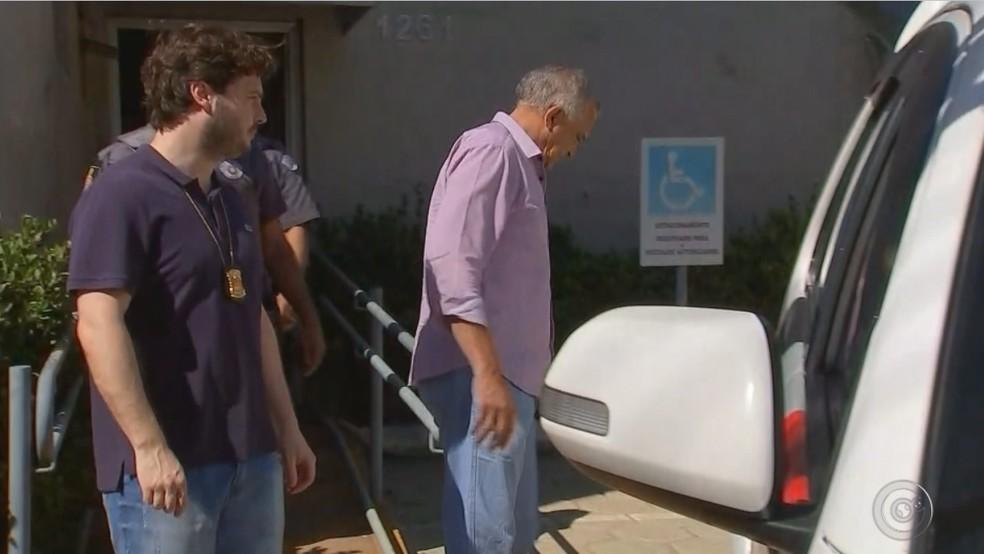 Diretor foi preso durante operação do Gaeco em Araçatuba — Foto: Reprodução/TV TEM
