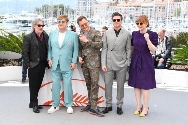 Dexter Fletcher, Elton John, Taron Egerton, Richard Madden e Bryce Dallas Howard  (Foto: Getty Images)