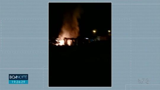 Casa pega fogo e homem de 44 anos morre, em Laranjeiras do Sul