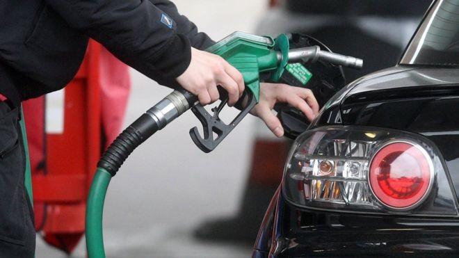 O preço dos combustíveis no Brasil na comparação internacional - Notícias - Plantão Diário
